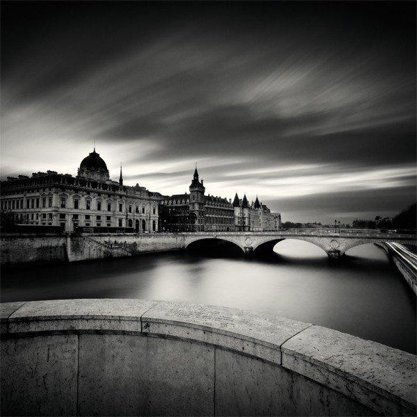 黑白桥梁底纹背景素材
