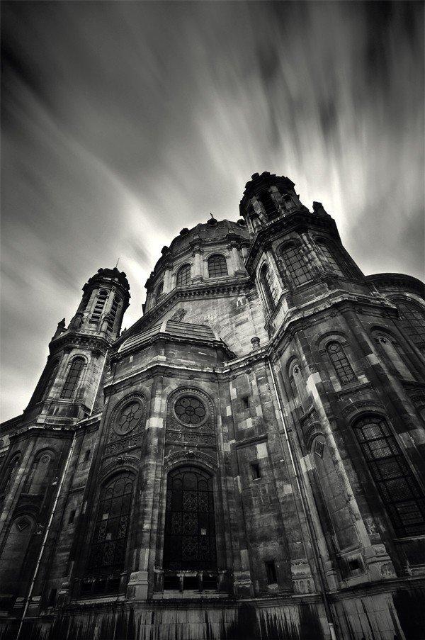 黑白建筑手绘法国