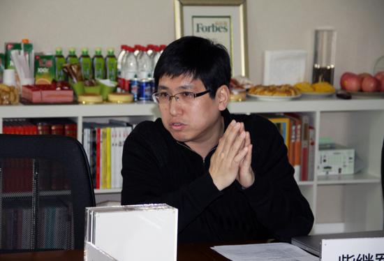 中央美院设计学院七工作室导师,2008奥运奖牌设计师肖勇先生,北师大